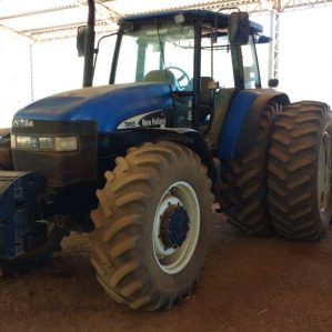 Trator New Holland TM 165